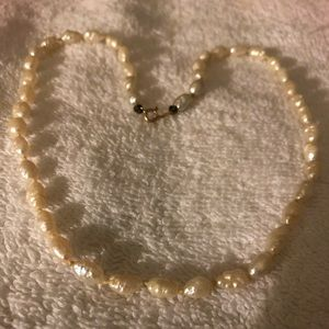 Jewelry - 14k Gold White Pearl Necklace